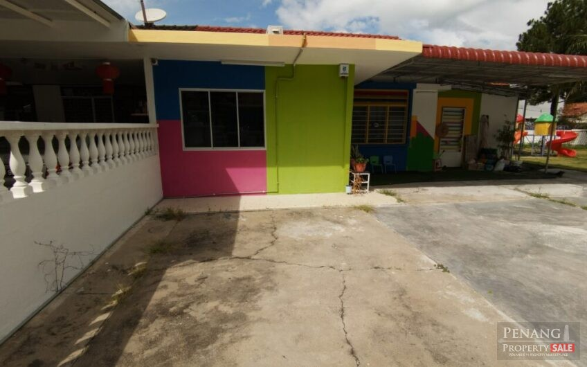 Single Storey Semi Detached House at Gelugor For Rent